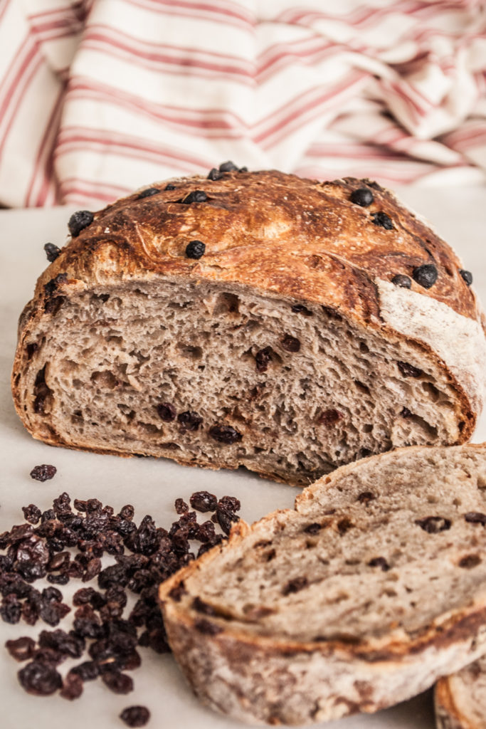 Easy Bread recipe that anyone can make, no baking experience required!Just a few ingredients and 5 minutes of prep time, and you're on your way to crusty, rustic, amazing bread!