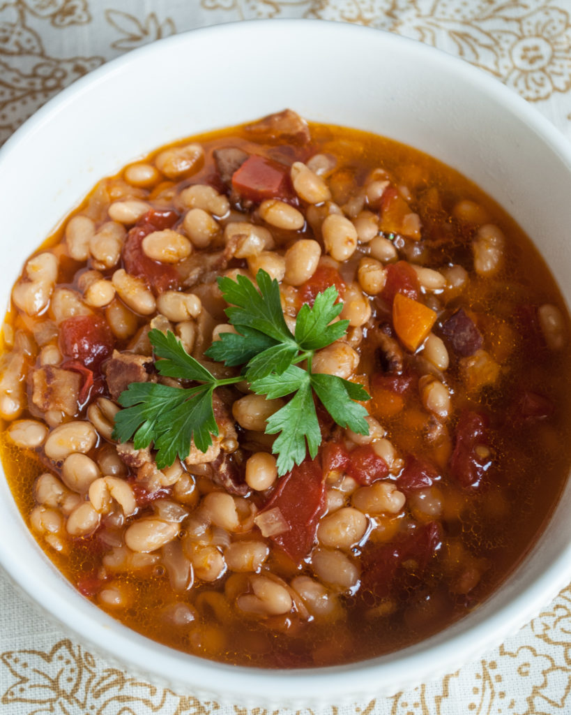 Recipe for Instant Pot White Bean and Bacon Soup. Super easy dinner recipe, great for family dinner, budget friendly. Instantly Download and Print the Recipe!