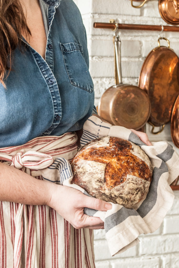 Artisan Bread Recipe. A beginner friendly recipe for no knead bread, complete with photo tutorial and video. Easy Bread Recipe for Thanksgiving!