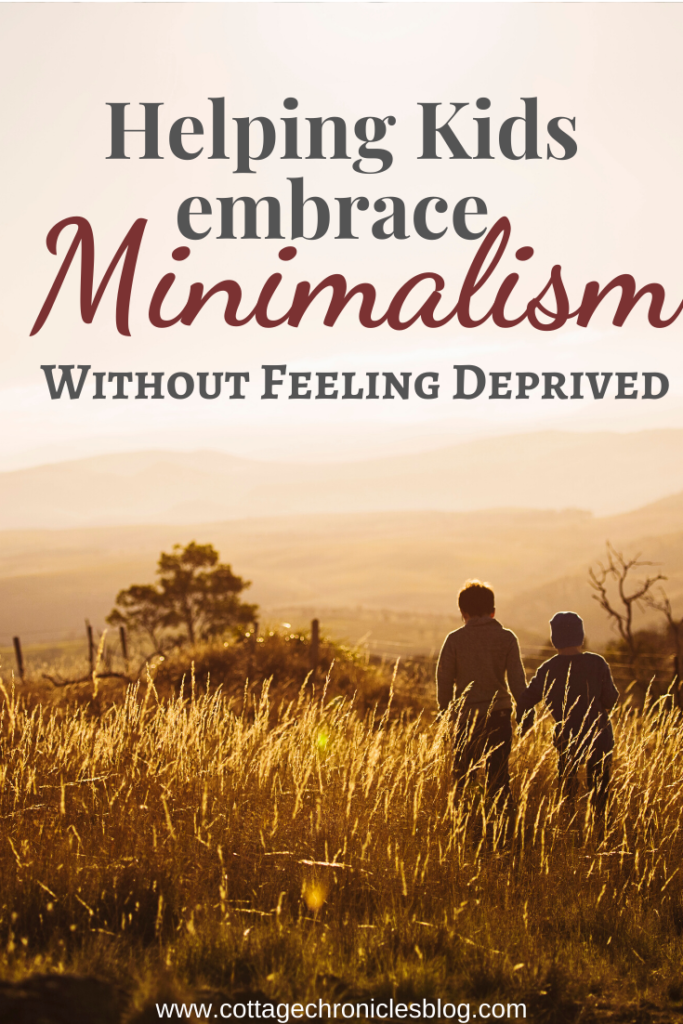 Helping Kids Embrace Minimalism without Feeling Deprived. Simple Living for kids and families with kids.