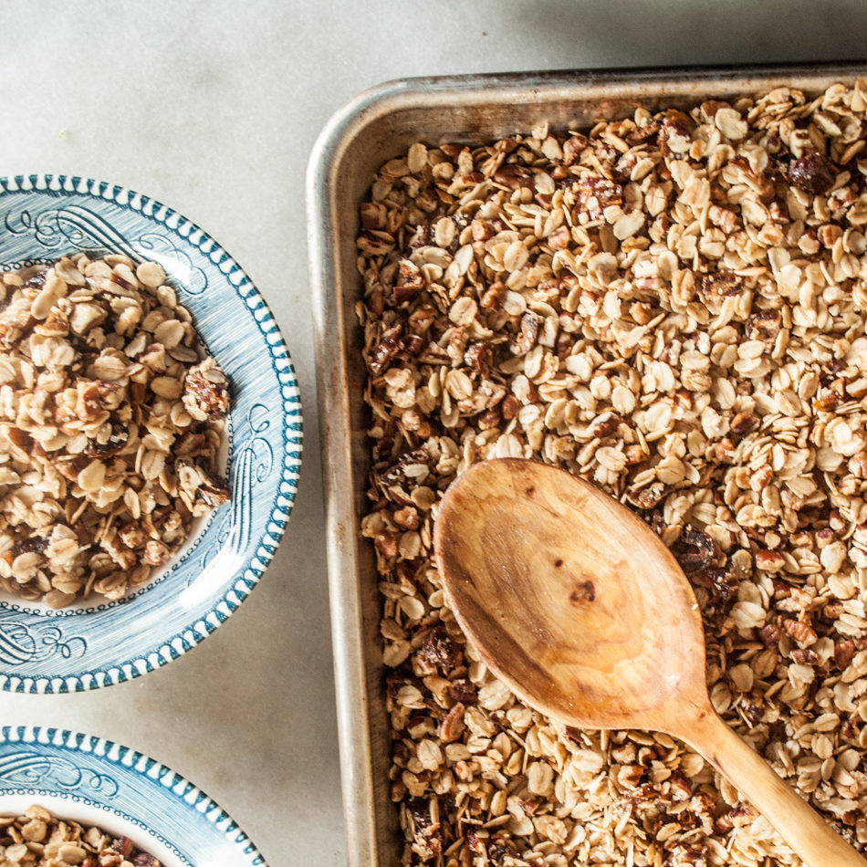 Maple Rum Granola Recipe. Easy Homemade Granola Recipe, rich toasy flavor with maple syrup, dates, pecans and nutmeg.